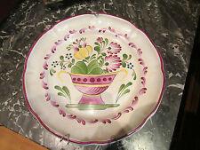 assiette decorative en faience de l'est decor floral