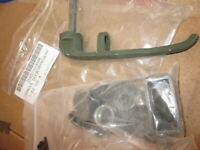 5-TON MILITARY TRUCK M-939 M915 DOOR HANDLE ASSEMBLY 16825-PKR 2007E1713