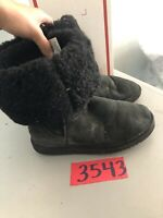 UGG AUSTRALIA WOMENS CLASSIC MID CALF TALL SHEEPSKIN LINED BOOTS SZ 8 5815 Black