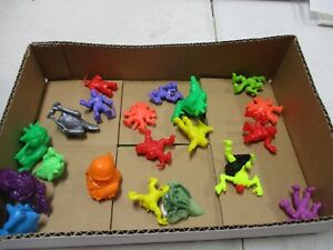 20 Original Matchbox Monster in My Pocket Figures Lot 14