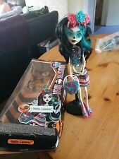 Monster High Doll. Skelita Calaveras Scaritage .used but with box