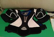 "REEBOK XTK Hockey SHOULDER PADS Chest Protector SR M/M 37"" - 40""  5' 7"" to 5'10"""