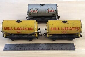Vintage 2 Shell And 1 Esso Hornby Dublo 00 Gauge Train Tankers