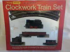 TRIANG HORNBY RARE RS 87 CLOCKWORK SET RARE WAGONS UNUSED IN EXCELLENT BOX