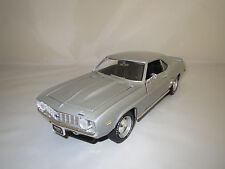 """Ertl/American  Chevrolet  Camaro  """"1969""""  (silber-met.) 1:18  ohne Verpackung !"""