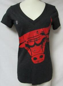 Adidas Chicago Bulls Women's Size Small V-Neck T-Shirt A1 3379