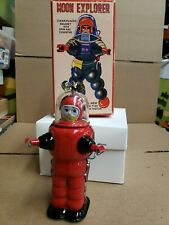 Vintage tin toy friction windup Moon Explorer made in Japan works great....