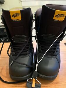 Men's Vans Implant Pro Snowboard Boots 10.5 NEW