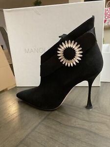 Manolo Blahnik Black Booties Size 41.5