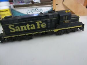 h o trains: Very good running project MANTUA/TYCO  SANTA FE freight road diesel