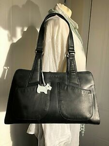 RADLEY BLACK LEATHER SHOULDER BAG DOG TAG EXCELLENT CONDITION CLEAN LININGS