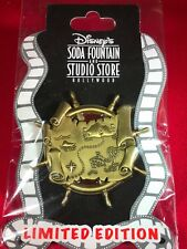 1 Disney Pin 3D LE Pirates Treasure Map  New on Card As Seen lot gt