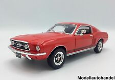 Ford Mustang GT casi back 1967-rojo - 1:24 Welly