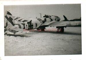 Foto, Flugzeug der Luftwaffe im Schneetarn, Winterkampf (N)50152