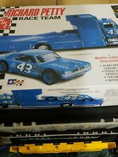 1/25th Scale Richard Petty Race Team Model Hauler And Car