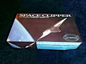 SPACE CLIPPER MOEBIUS ALL PLASTIC MODEL KIT, #2001-2, NEW IN BOX! PARTS SEALED!
