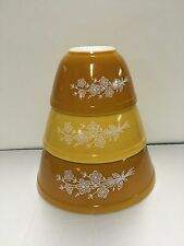 Vintage Pyrex Rare Butterfly Gold 2 Cinderella Mixing/Nesting Bowls Made USA