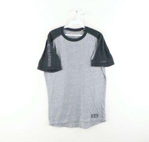 Under Armour Mens Medium Regular Fit HeatGear Spell Out Short Sleeve Shirt Gray