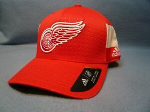 Adidas Detroit Red Wings Structured Flex BRAND NEW hat cap NHL Draft 17 Hockey