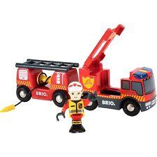 BRIO World World Feuerwehr-Leiterfahrzeug mit Licht & Sound, Spielfahrzeug, rot
