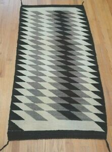 """Antique Hand Woven Southwest Navajo Style Wool Rug Cleaned  2'7"""" x 5'5"""""""