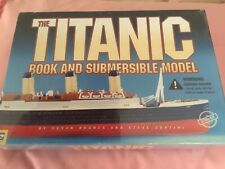 THE TITANIC BOOK AND SUBMERSIBLE MODEL - RARE