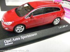 1/43 Minichamps Opel Astra Sportstourer 2011 rot