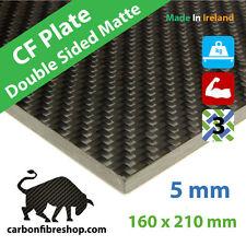 Plaque en fibres de carbone 5mm [Satin lisse des deux côtés] 160x210x5mm