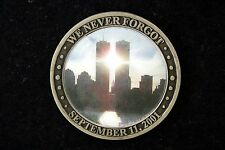 US WE NEVER FORGOT 9-11 COIN TWIN TOWERS GROUND ZERO UNITED STATES HOLOGRAPHIC!!