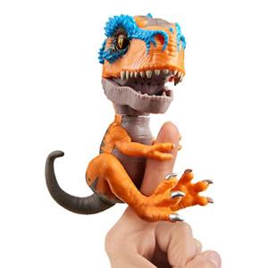 WowWee Untamed T-Rex by Fingerlings – Scratch (Orange) - Interactive 3787