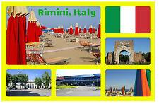 RIMINI,ITALIA NEGOZIO DI SOUVENIR NOVITÀ MAGNETE DEL FRIGORIFERO BANDIERE/VISTE