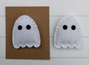 A Cute handmade felt ghost brooch with eyes on card for gift/fun
