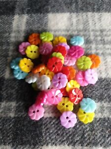 50 small mixed flower plastic bulk sewing kids craft buttons 13mm 2 hole