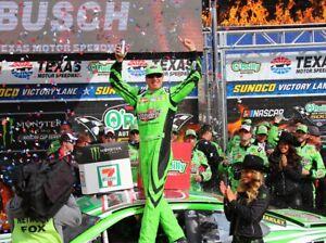 NASCAR SUPERSTAR KYLE BUSCH WINS AT TEXAS  8X10 PHOTO W/BORDERS