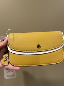 Coach 1941 Glovetanned Leather Clutch Wristlet Wallet Flax 29770