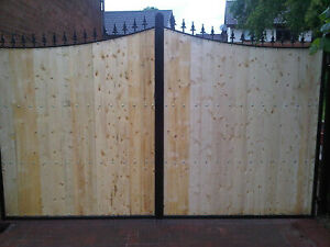 Wrought Iron Wooden infill Driveway Gate 060
