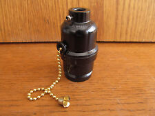 Sun-Lite LAMP SOCKET 3-WAY Pull-Chain 1/8 IP black (O-93)