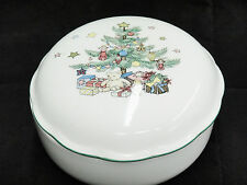 """Nikko Christmas Tree Covered Candy Dish Trinket Box 5"""" Porcelain Excellent"""