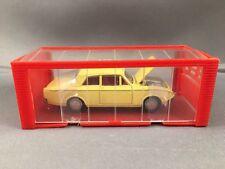 Mini Dinky Nº 10 Ford Corsair, Amarillo, Windows, Red Int, hilado hubs, MIB