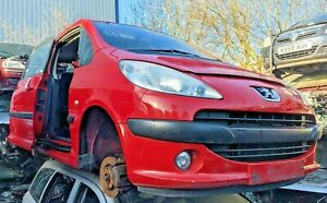 Peugeot 1007 05-09 Parts-- Front Bumper RED