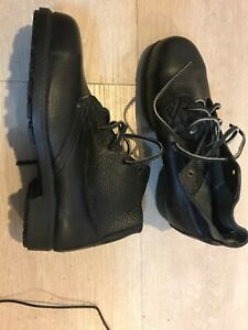 Blundstone Boots - Size 9 - Fast Post!