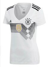 Adidas Fußball Shirts Damen (WM 2011) für 30€