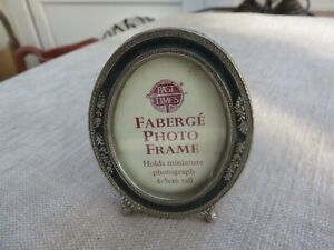Stunning  quality Art Nouveau style photo frame Faberge enamel oval miniature