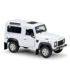 Welly 1:24 Land Rover Defender white Diecast Model Car