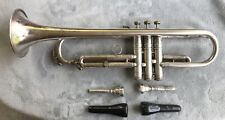 CONN SILVER LIMITED 247505 Trumpet, 2 Mouthpieces, 4 Mutes & Case 22B