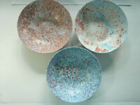3 Vintage Confetti Bowls Plastics Inc St. Paul RED BLUES Texas Ware Melmac, 9 in
