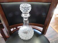 Vintage AMAZING Glass LIQUOR Whiskey Wine decanter bottle W/STOPPER