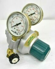 AIR PRODUCTS SPECIALTY GASES E12-Q-N515C REGULATOR (0-200 and 0-4000 PSI)