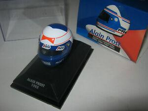 1:8 Helmet Driver A. Prost Mclaren 1985 Minichamps IN Showcase
