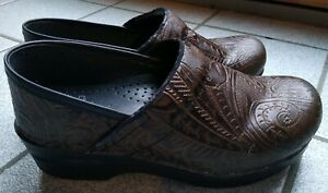 DANSKO 36 Brown Tooled Embossed  Leather Professional Clog,  SZ 6 U.S.